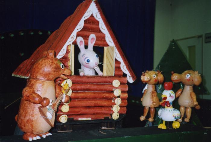 人形劇団クラルテ「うさぎのおうち」